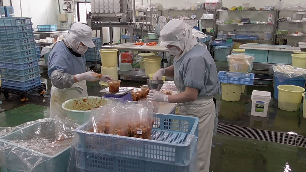 /data/fund/3253/工場作業風景.JPG